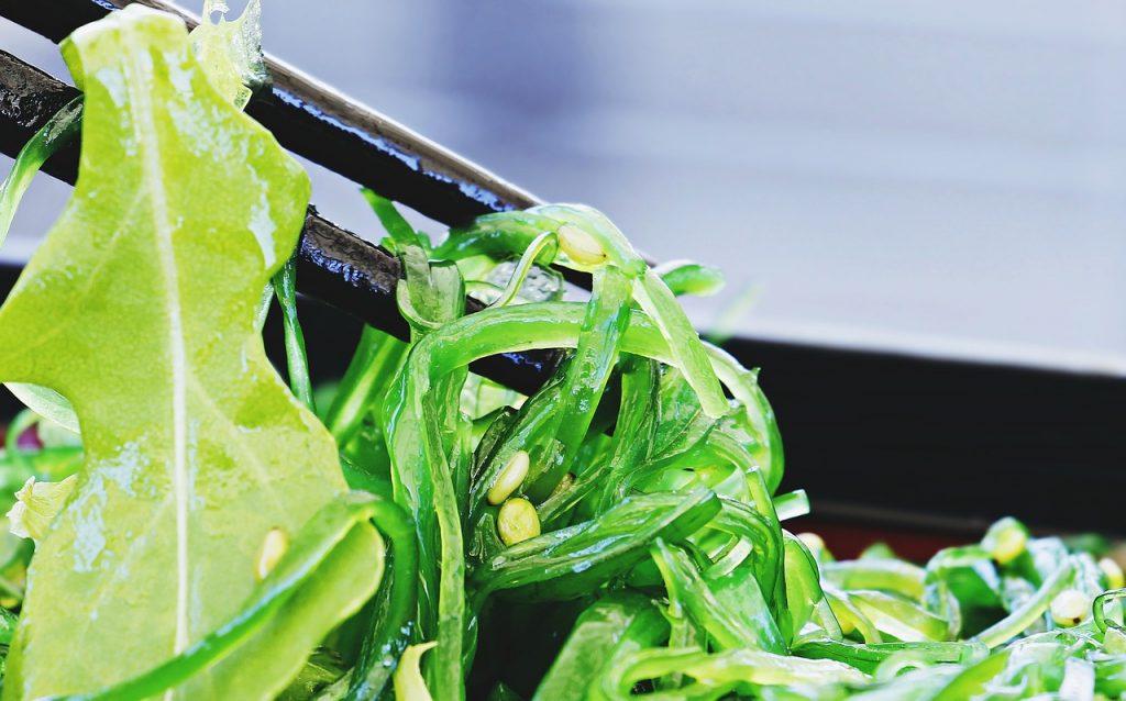 salad, chuka wakame, chopsticks